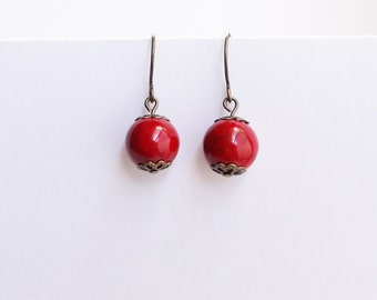 Simple Red Shell Stone Bead Drop Earrings