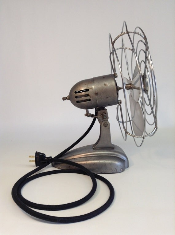 Vintage Grants Bradford Electric Desk Fan Adjustable Industrial Steel    Vintage Desk Fan