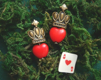 Wonderland Earrings, Queen of Hearts earrings, Alice in Wonderland jewelry, wonderland cosplay, valentine's gift, girlfriend gift women gift