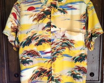 1950s rayon Asian / Hawaiian Shirt Made In California  S/M