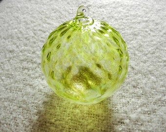 Light Catcher Ornament - Lime with White