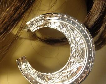 WIDE MEDALLION EARRINGS Hoop Silver Tone Pierced 2.5 inch