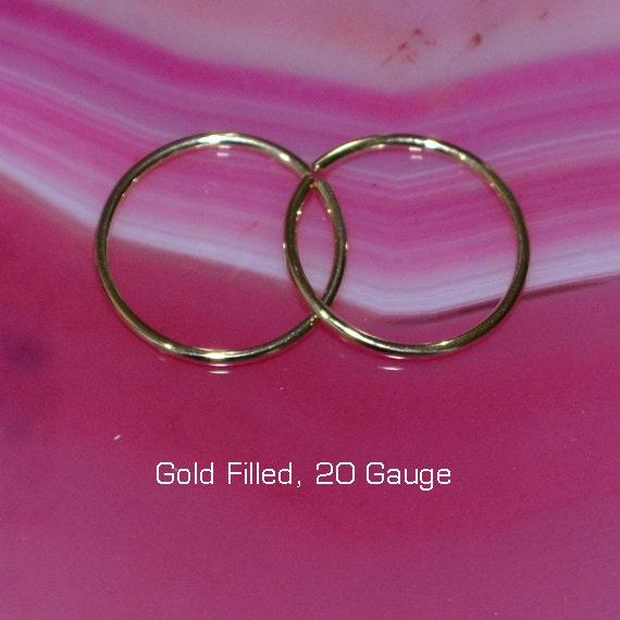 Small Nose Ring - Gold Nose Hoop 9mm - Tragus Earring - Cartilage Hoop - Forward Helix Earring - Septum Ring - Nose Piercing 20 gauge