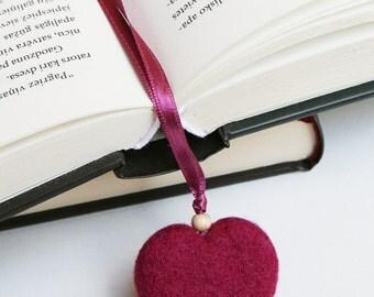 Needle Felted Wool Bookmark  Purple Heart Sculpture Wool  Decor Present Decoration Miniature Collection