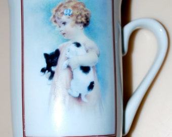 "Bessie Pease Gutmann Heirloom Tradition Cup Mug ""Friendly Enemies"" 1985 Girl Kittens Cat Dog Puppy"