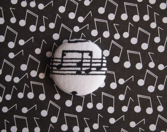 White and black music print fabric covered buttons (size 60, 40, 32, 20, or 18)