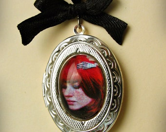 Victorian silver pendant locket, photo frame Gothic, Steampunk, Lolita.