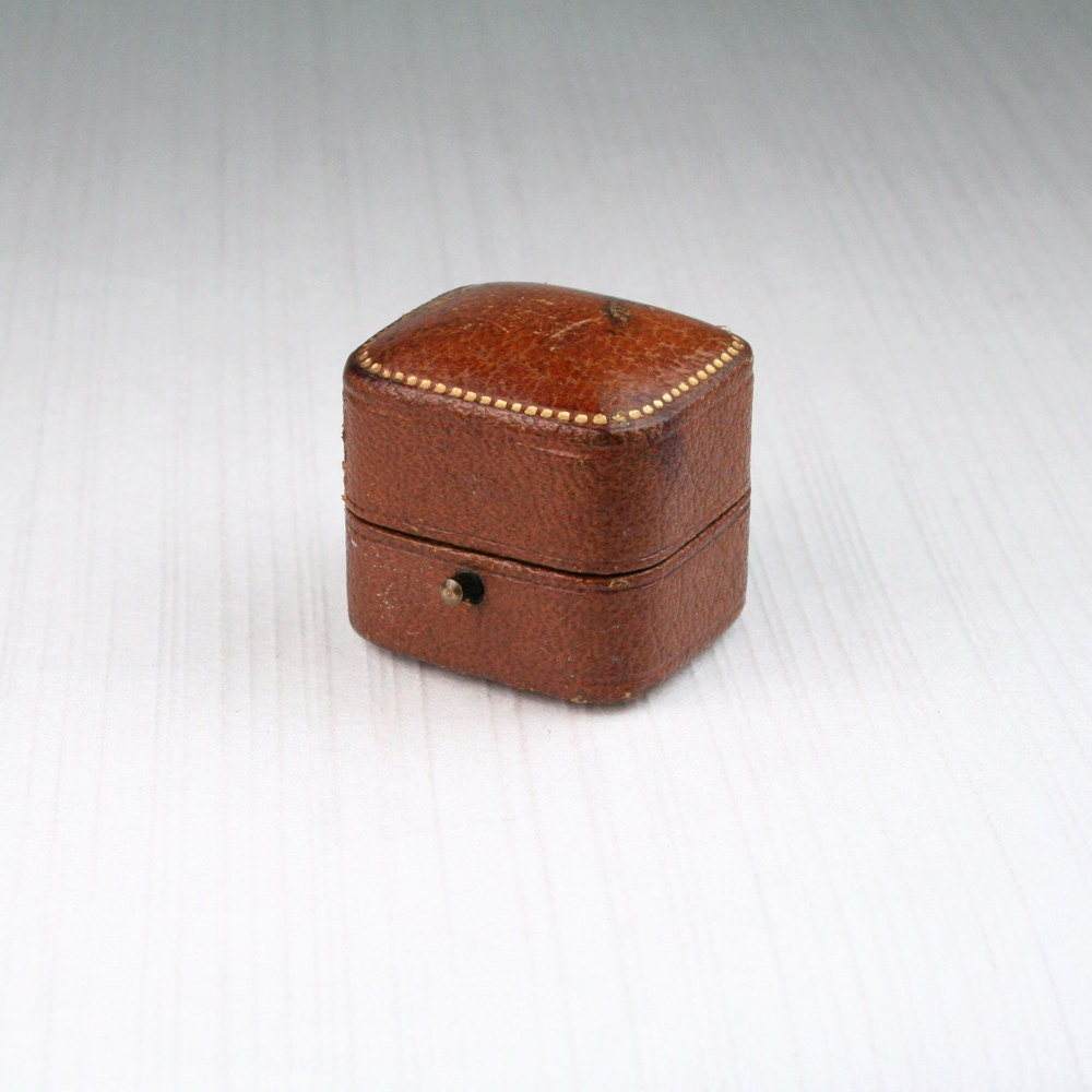 lovely antique brown leather ring box victorian british