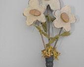 Primitive Daisy Shelf Sitter- Wood Flower Arrangement