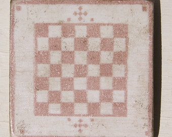 Miniature Dollhouse Shabby Chic Game Board - Pink FA2