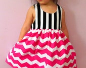 Girls Black Stripes and Pink Shevron Dress, Sping Dress, Easter Girls Dress. Dress with HIdden Pockets on the sides. Size 4.