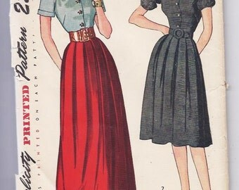 Vintage Sewing Pattern 1940s Women's Dress size 12 Simplicity 1815