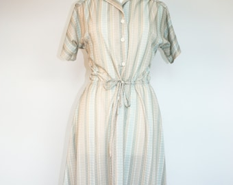 Vintage Cute 1950s Style Day Dress.