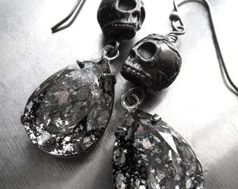 Black Skull Earrings, Halloween Earrings, Dia De Los Muertos, Day of Dead, Black Silver Patina Aged Mercury, Punk Rocker Goth Gothic Jewelry