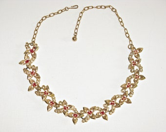 Vintage Gold Tone Leaf and Red Berry Necklace (N-2-3)