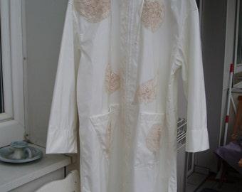 Elegant rain or coat 'White splendour'