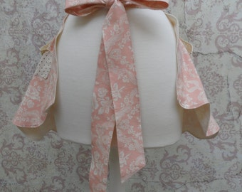 Tea Time Apron in Pink & White Floral Cotton // Roses and Polka Dots // 1950s, Preppy, Mid Century