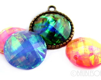 Resin Cabochons : 10 Faceted Resin Cabochons 18mm ... Mixed Color Lot