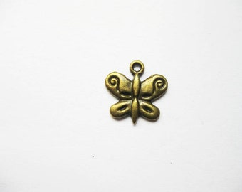BULK - 50 Butterfly Charms in bronze tone - C1210