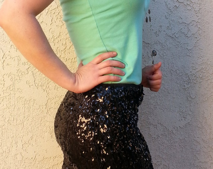 20% OFF til 12/17! Little Black Sequin Skirt - High Quality, Stretchy, Beautiful Mini Party Skirt  - Runs small