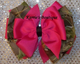 Camo Hair Bow or Headband / Hot Pink & Realtree / Flower Girl / Pageant / Photo Prop / Infant / Baby / Girl / Toddler / Boutique Clothing