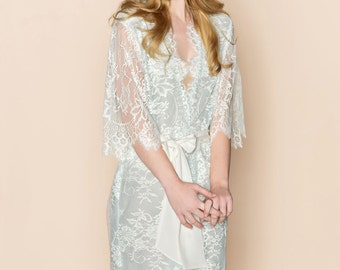 Ready to ship - Swan Queen Scalloped Lined Bridal lace & silk kimono getting ready robe in powder blue