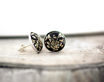Sterling silver BLACK Real Flower Stud Earrings - Tiny earring studs with queen anne's lace.