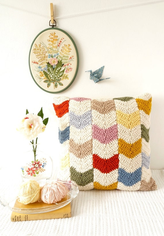 Modern crochet cushion pattern chevron design geometric