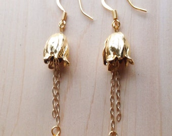 Dangle Gold Tulip Earrings