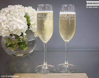 Personalized Wedding Toasting Flutes - (Set of TWO) Custom Engraved Vina Champagne Flutes - Wedding Gift - Bridal Shower Engagement Gift