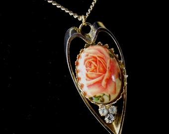 Vintage Rose Cabochon Necklace