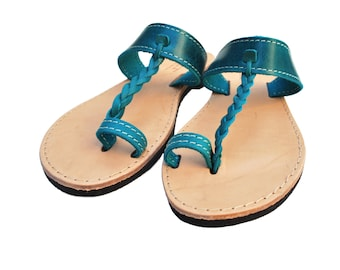 Flip Flops in Blue Leather, Sandal Toe Rings