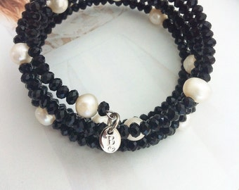 Freshwater pearls and black crystals memory wire bracelet
