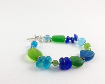 Sea glass bracelet cobalt blue sea glass jewelry green seaglass bracelet frosted glass jewelry beaded jewelry beaded bracelet handmade gift