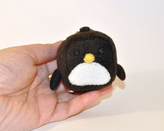 Kawaii Cube Penguin Keychain Plush, Keychain Kawaii Stuffed Toy - MADE TO ORDER