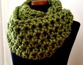 Lemograss - cilantro green crochet infinity scarf, long cowl