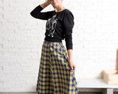Yellow plaid midi skirt / High waisted 90's Grunge skirt - 60% off - On sale