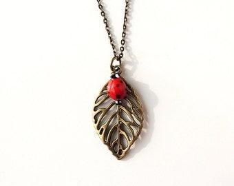 Ladybird Leaf Necklace, Ladybug Bead on Vintage Style Leaf Pendant, Red, Ladybird Jewellery, Ladybug Jewelry, Insect, UK (2158)