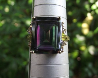 5.21 ct Mystic Topaz & 0.42 ct Tanzanite 10kt Solid Gold Ring