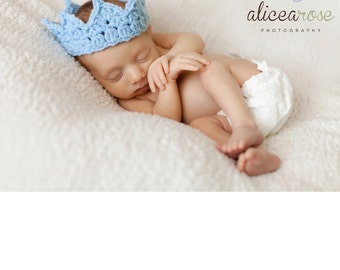 Baby Boy crochet Prince Crown, Handmade Newborn Infant baby shower gift photo prop blue pink