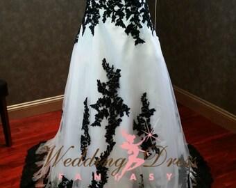 Gorgeous Black and White Wedding Dress Strapless