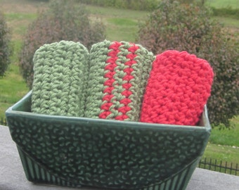 Handmade Washcloths Dishcloths Qty of 3 Red and Green with Vintage USA Planter