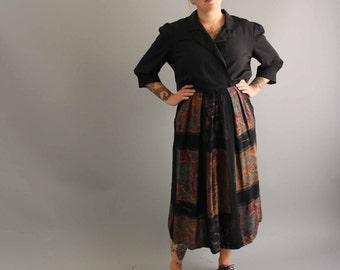 art gallery dress . 80s rayon dress . abstract art print dress . womens shirtwaist dress