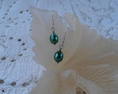Just pearls - Forest Green Dangle Earrings  VK-E252