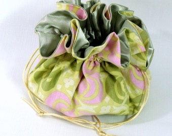 Jewelry Drawstring Travel Bag, Tote, Garden Maze in Sand Extra Large