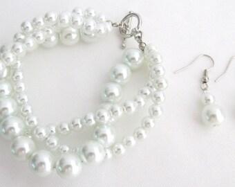 Wedding Pearl Bracelet,white pearl Bracelet, Twisted Pearl Bracelet Three Strand White Pearls  Bridesmaid Bracelet Free Shipping in USA