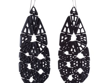 Polygonal Kinematics 25-e earrings