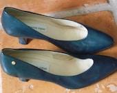 Vintage ETIENNE AIGNER Shoes Priscila Navy Leather Heels Pumps SIZE 7.5 M