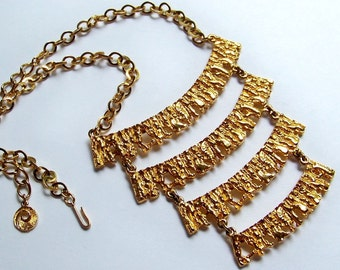SJK VINTAGE -- Celebrity NY Signed Textured Gold Tone Four Tiered Necklace (1970's)