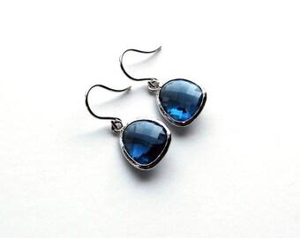 Blue Saffire Dangle Earrings, Blue earrings, dangle earrings, drop earrings, wedding jewelry, bridal jewelry, fashion jewelry, bridesmaid